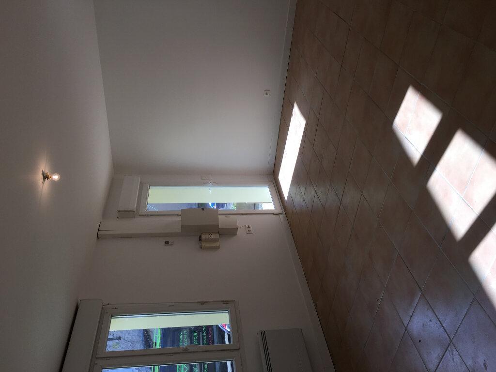 Appartement à louer 3 56m2 à Pouillon vignette-3