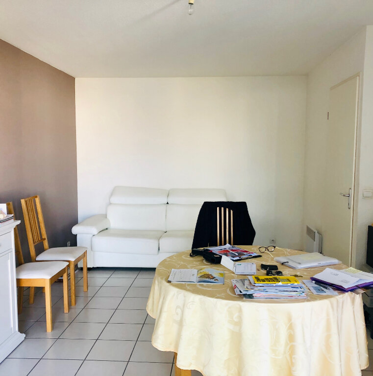 Appartement à vendre 3 60m2 à Dax vignette-2