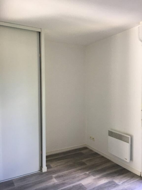 Appartement à louer 3 63.2m2 à Dax vignette-7