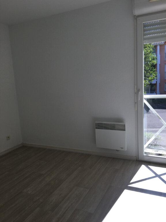 Appartement à louer 3 63.2m2 à Dax vignette-9