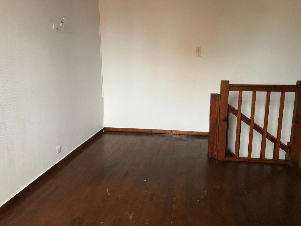 Appartement à louer 1 28.78m2 à Dax vignette-5