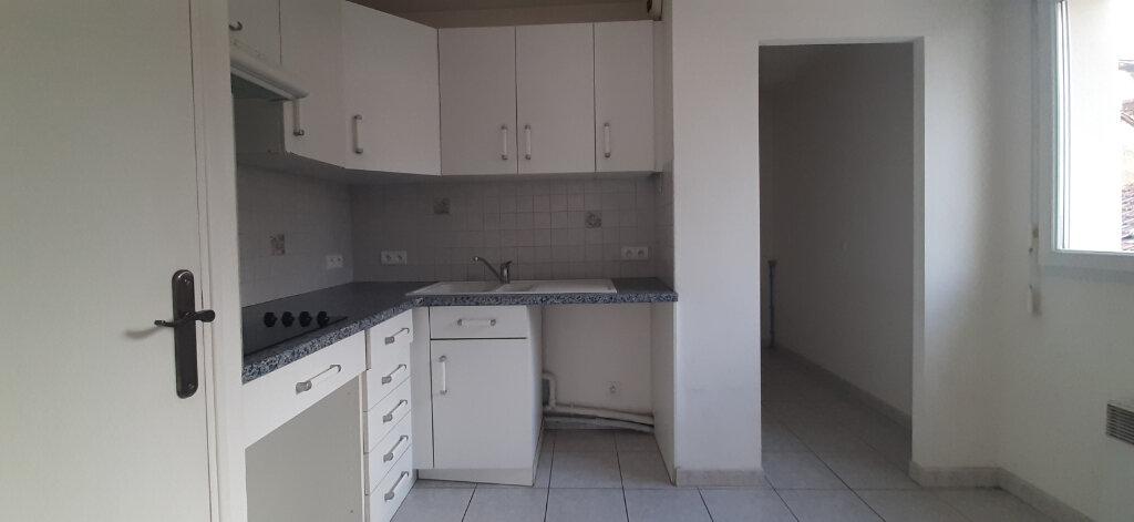 Appartement à vendre 2 50.72m2 à Dax vignette-5