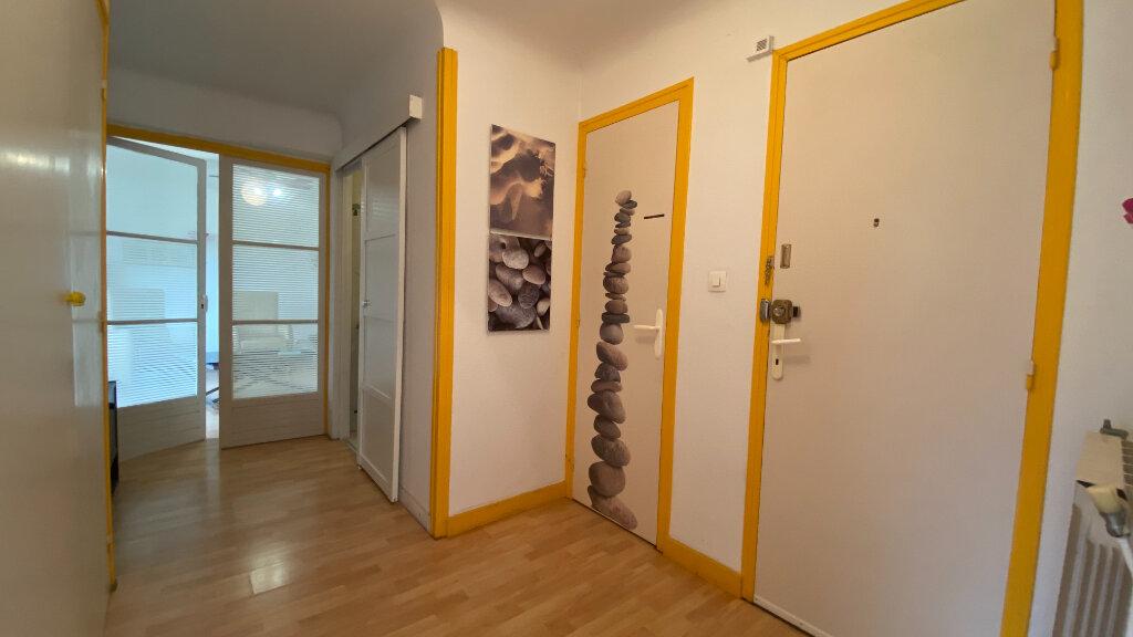 Appartement à vendre 3 75m2 à Dax vignette-4