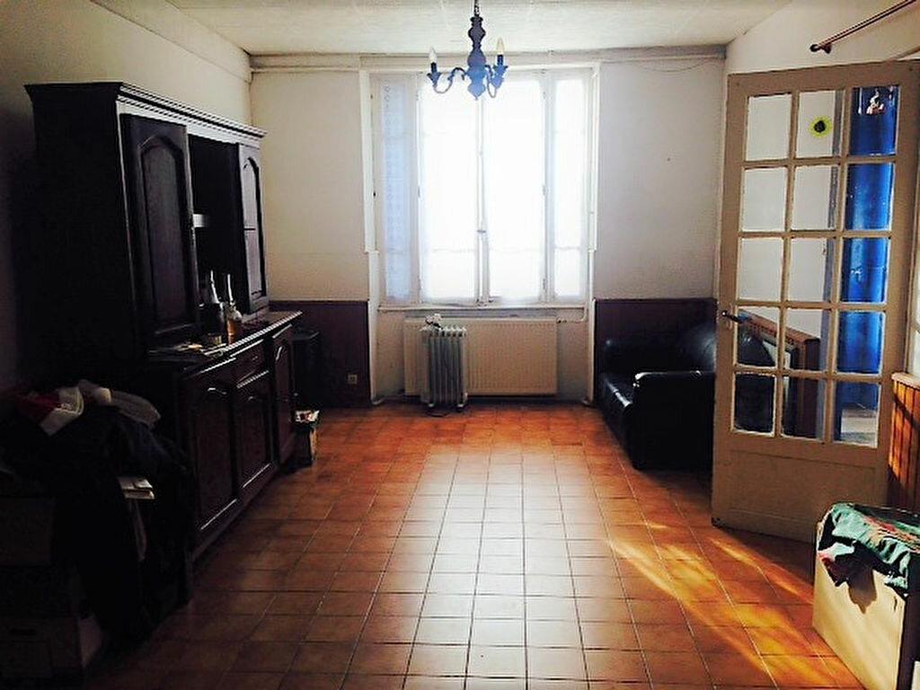 Maison à vendre 5 119m2 à Bougligny vignette-5