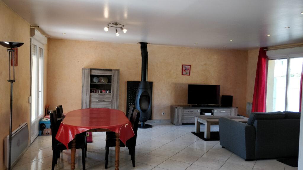 Maison à vendre 5 110m2 à Saint-Pierre-lès-Nemours vignette-2