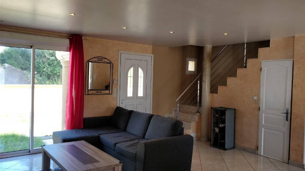 Maison à vendre 5 110m2 à Saint-Pierre-lès-Nemours vignette-5