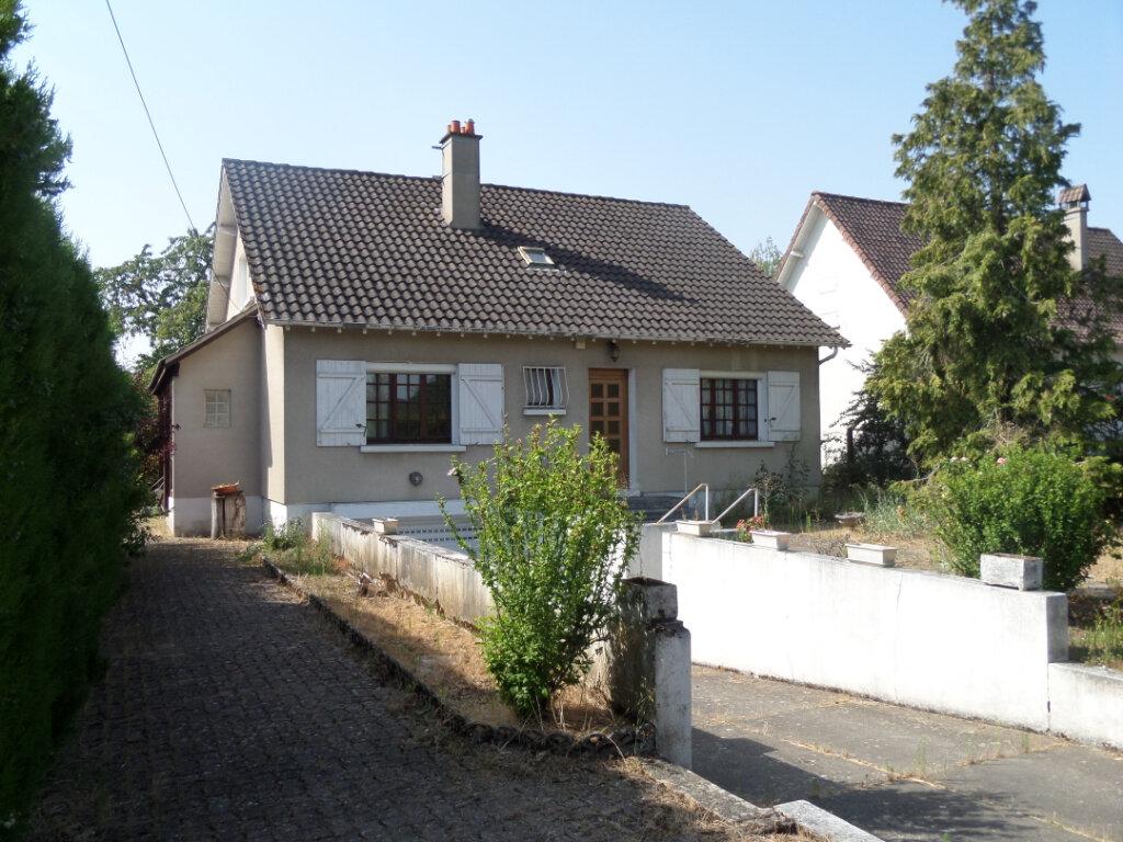 Maison à vendre 6 156m2 à Saint-Pierre-lès-Nemours vignette-1