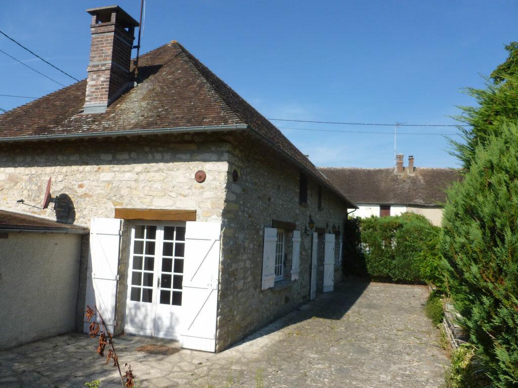 Maison à louer 4 115.97m2 à Montcourt-Fromonville vignette-2