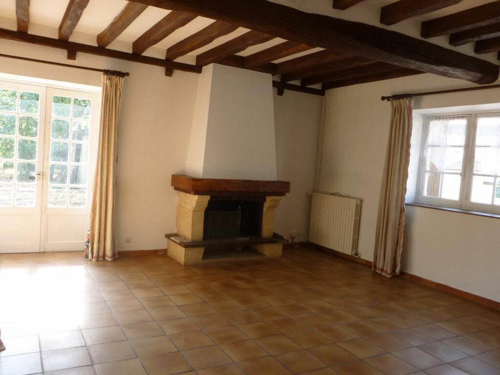 Maison à louer 4 115.97m2 à Montcourt-Fromonville vignette-4