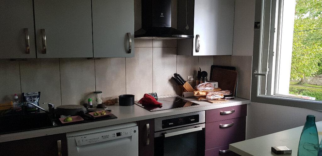 Appartement à louer 4 74.47m2 à Nemours vignette-7