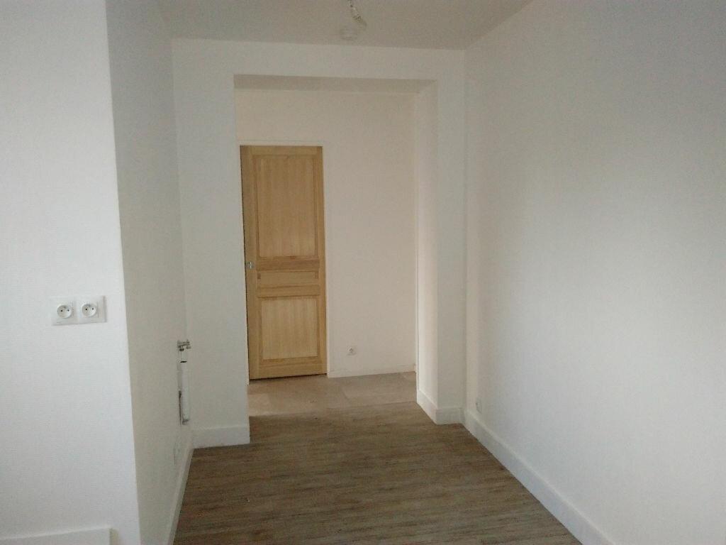Appartement à louer 2 42.15m2 à Montigny-sur-Loing vignette-4