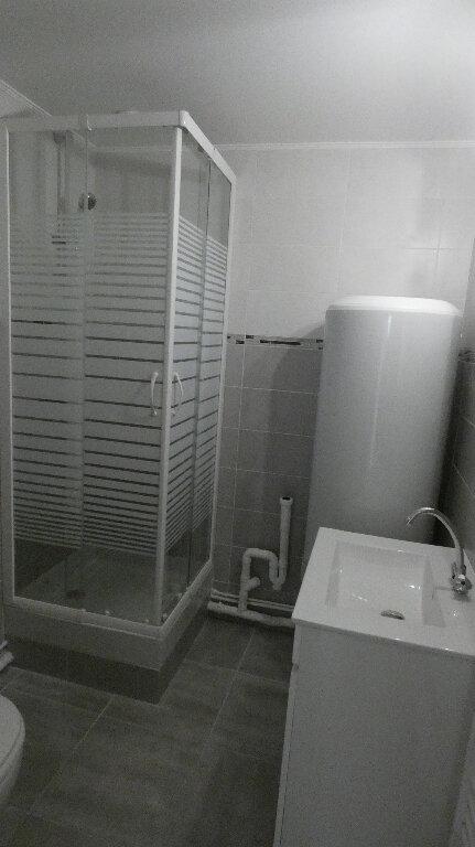 Appartement à louer 3 45.65m2 à Nemours vignette-5