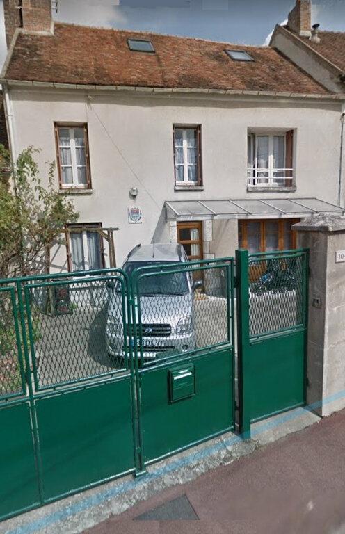 Maison à vendre 5 110m2 à Nemours vignette-1