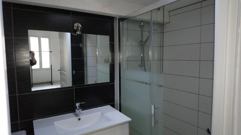 Appartement à louer 1 24m2 à Nemours vignette-5