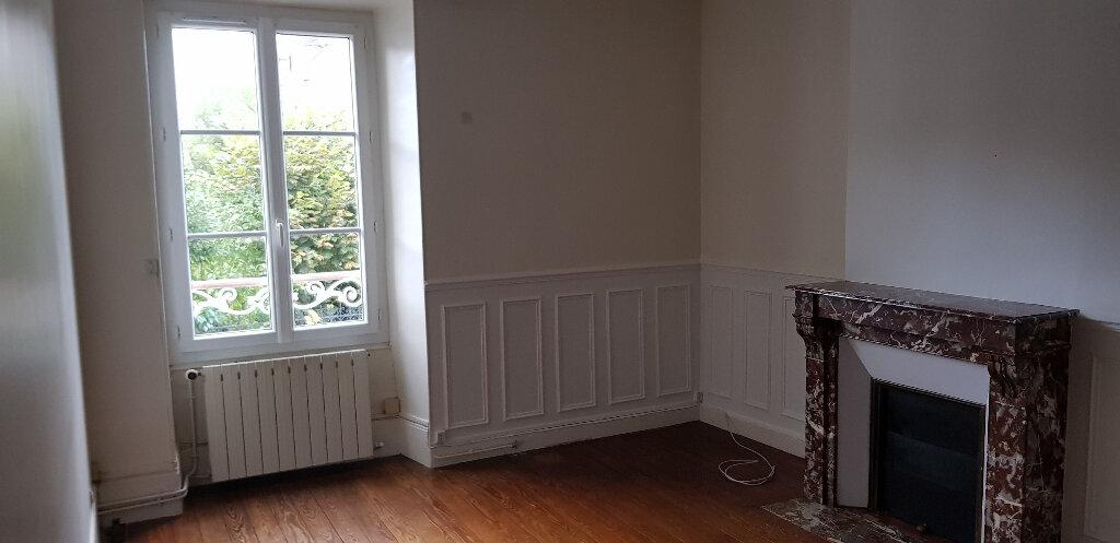 Appartement à louer 2 46.35m2 à Nemours vignette-1