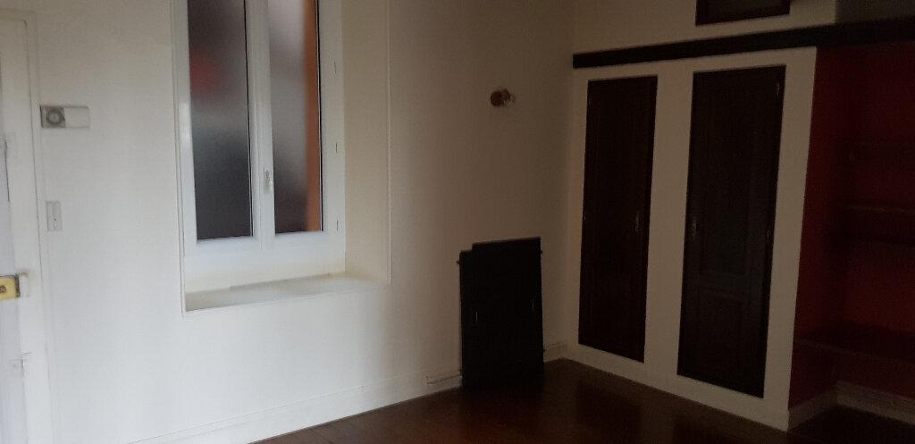 Appartement à louer 2 46.35m2 à Nemours vignette-2