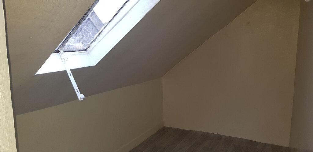 Maison à louer 5 90m2 à Nemours vignette-11
