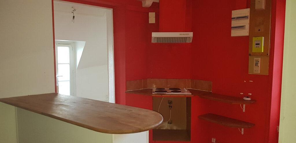 Appartement à louer 3 76.14m2 à Château-Landon vignette-4