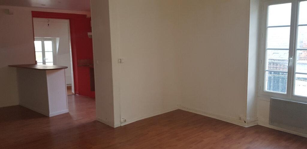Appartement à louer 3 76.14m2 à Château-Landon vignette-8