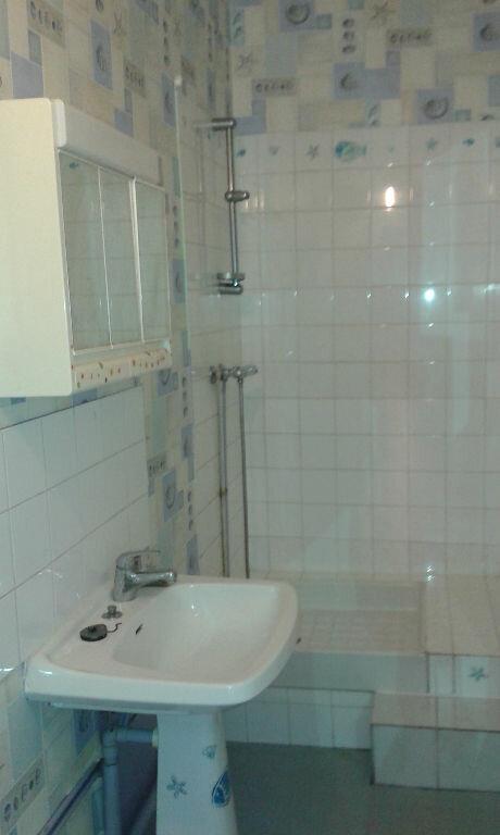 Appartement à louer 4 74m2 à Château-Landon vignette-8