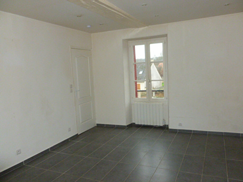 Appartement à louer 2 43.18m2 à Souppes-sur-Loing vignette-2