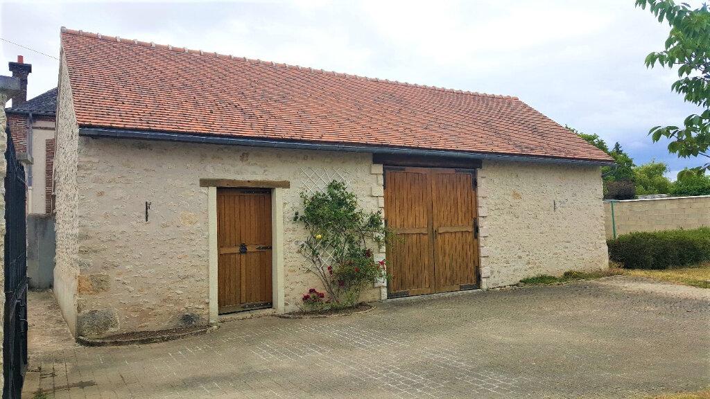 Maison à vendre 5 115m2 à Nemours vignette-2