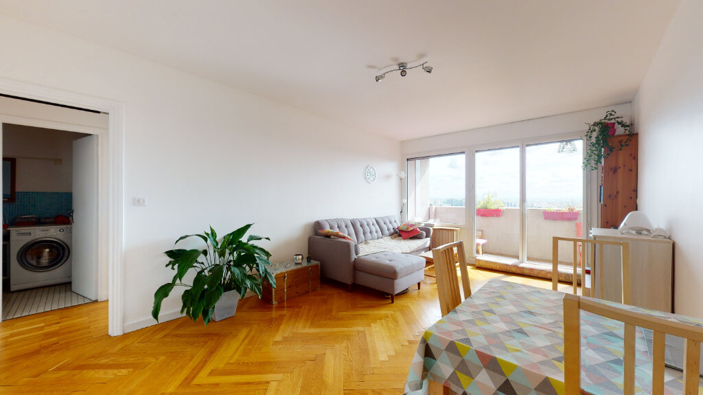 Appartement à louer 2 59.96m2 à Lyon 6 vignette-1