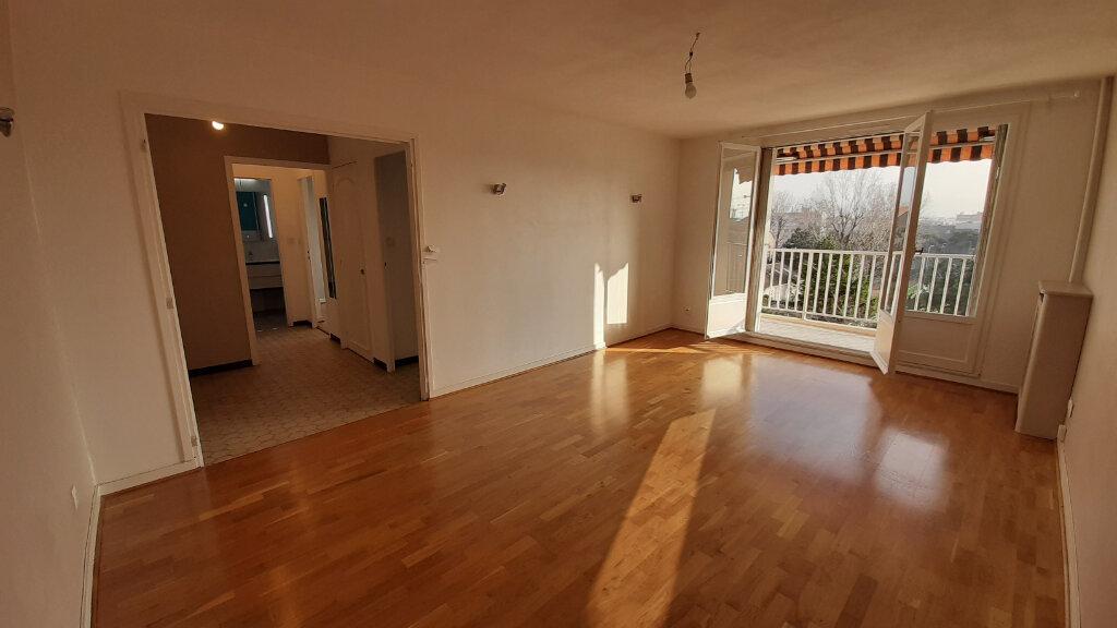 Appartement à louer 2 51.84m2 à Villeurbanne vignette-6