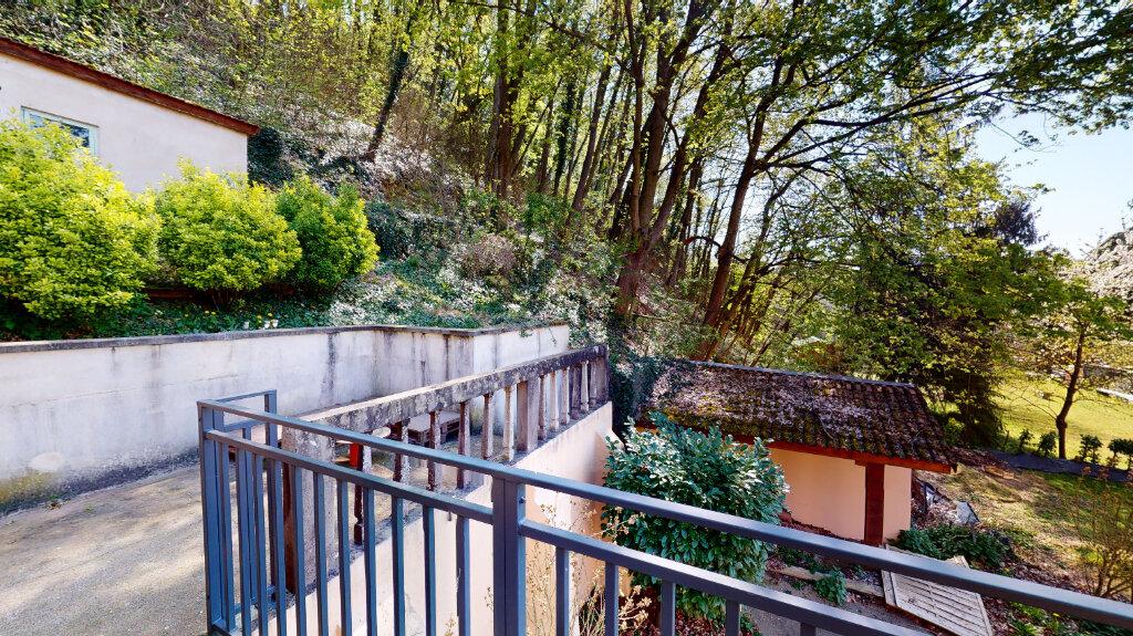 Appartement à louer 2 31.3m2 à Caluire-et-Cuire vignette-6