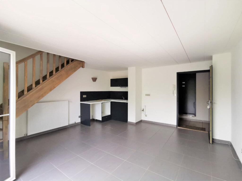 Appartement à louer 3 48.81m2 à La Mulatière vignette-1
