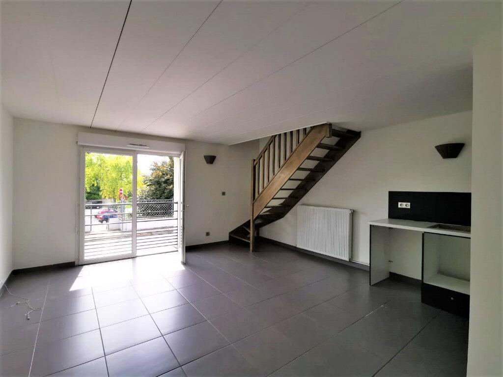 Appartement à louer 3 48.81m2 à La Mulatière vignette-2