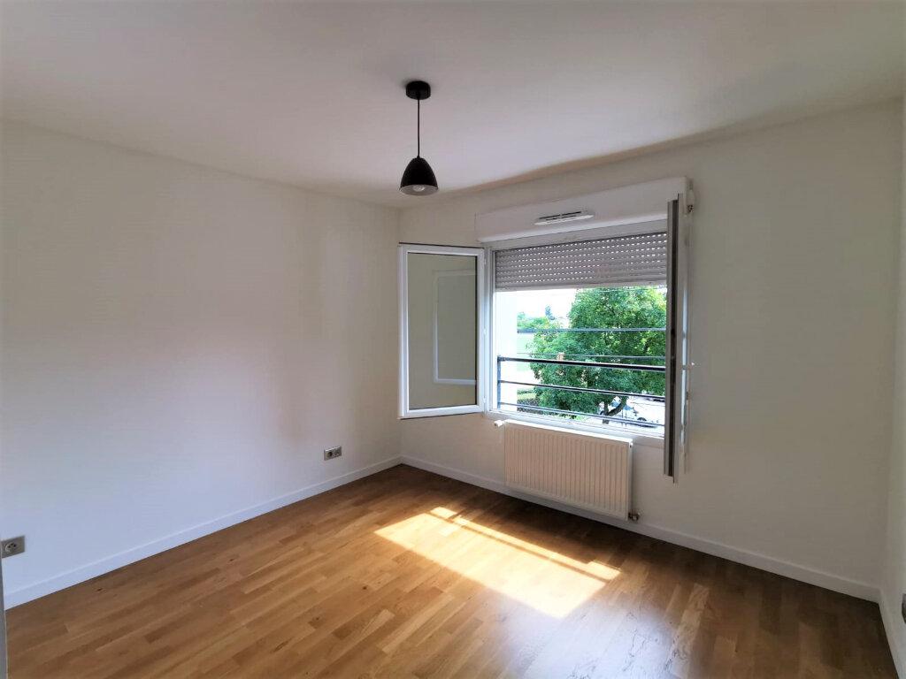 Appartement à louer 3 48.81m2 à La Mulatière vignette-4