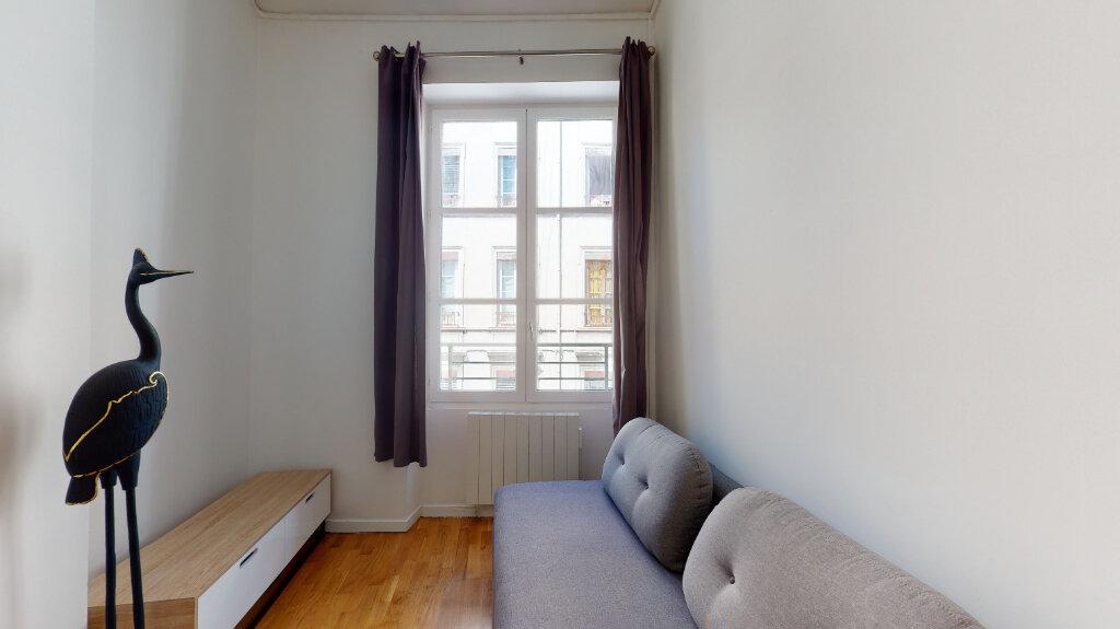 Appartement à louer 1 25m2 à Lyon 6 vignette-1