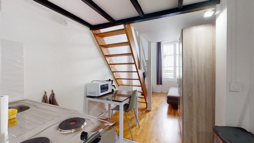 Appartement à louer 1 25m2 à Lyon 6 vignette-3