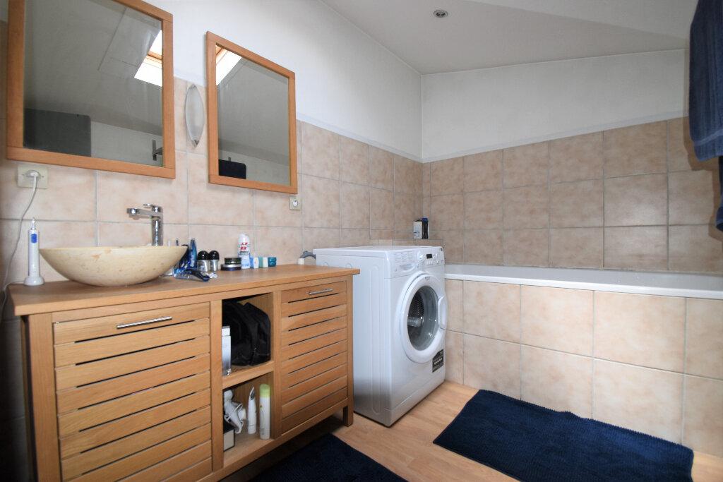 Appartement à louer 2 46m2 à Lyon 4 vignette-5