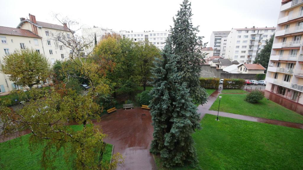 Appartement à vendre 7 146m2 à Villeurbanne vignette-5