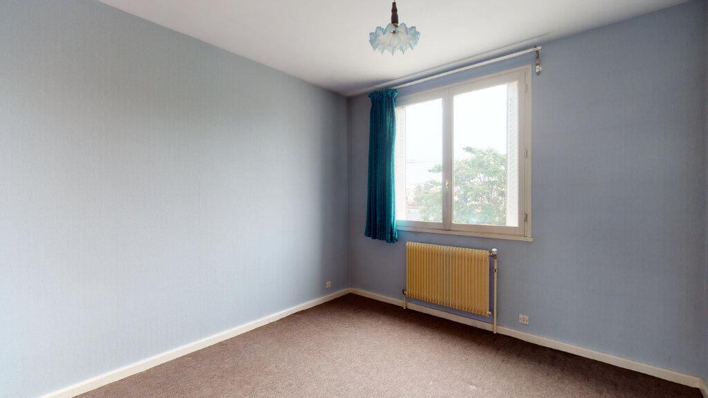Appartement à vendre 7 146m2 à Villeurbanne vignette-10