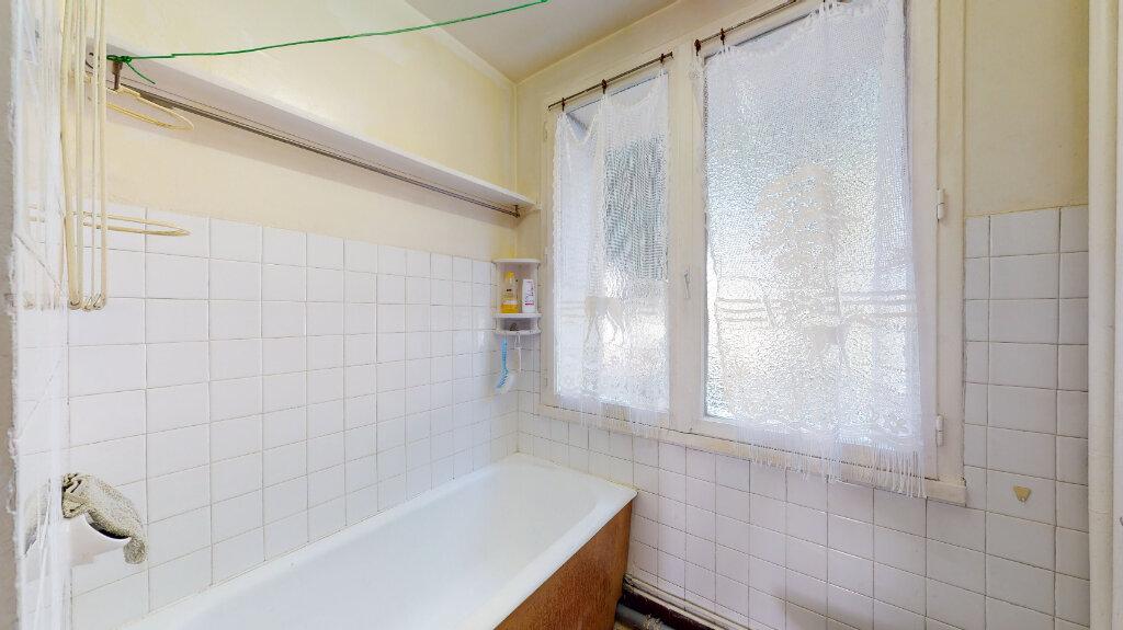 Appartement à vendre 3 55m2 à Lyon 9 vignette-6