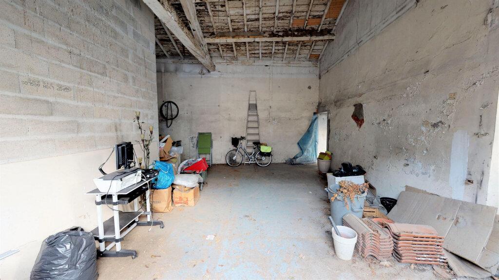 Appartement à vendre 5 110m2 à Villeurbanne vignette-4