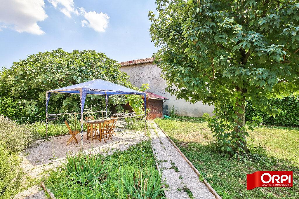 Maison à louer 3 75.26m2 à Vaulx-en-Velin vignette-12