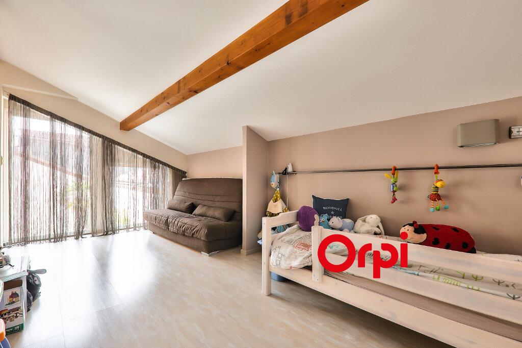 Appartement à vendre 5 161m2 à Villeurbanne vignette-11