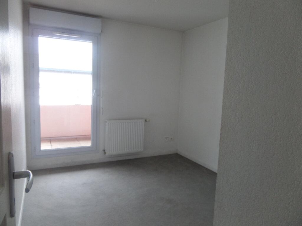 Appartement à louer 3 66.36m2 à Cluses vignette-5