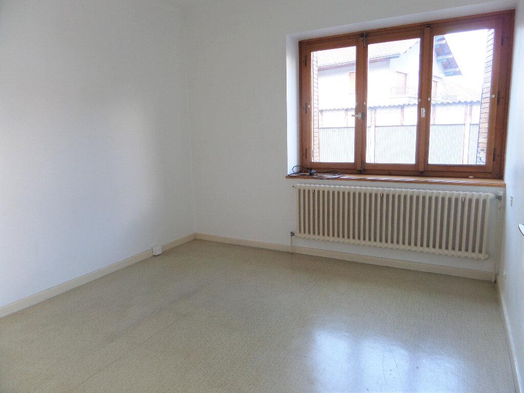 Appartement à louer 3 58m2 à Scionzier vignette-5