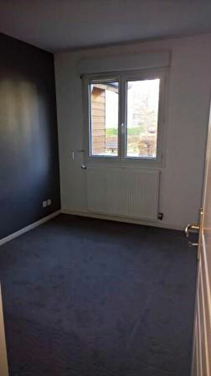 Appartement à louer 3 56m2 à Gaillard vignette-6