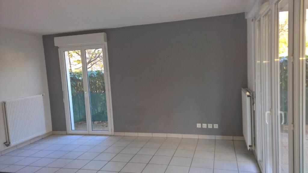Appartement à louer 3 56m2 à Gaillard vignette-7