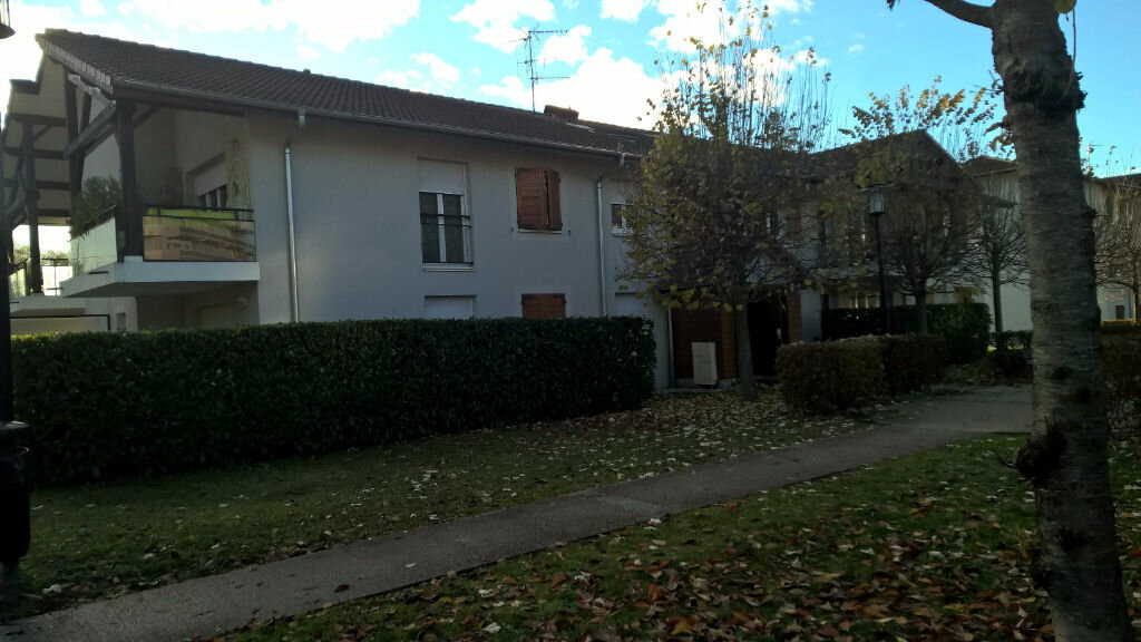 Appartement à louer 3 56m2 à Gaillard vignette-8