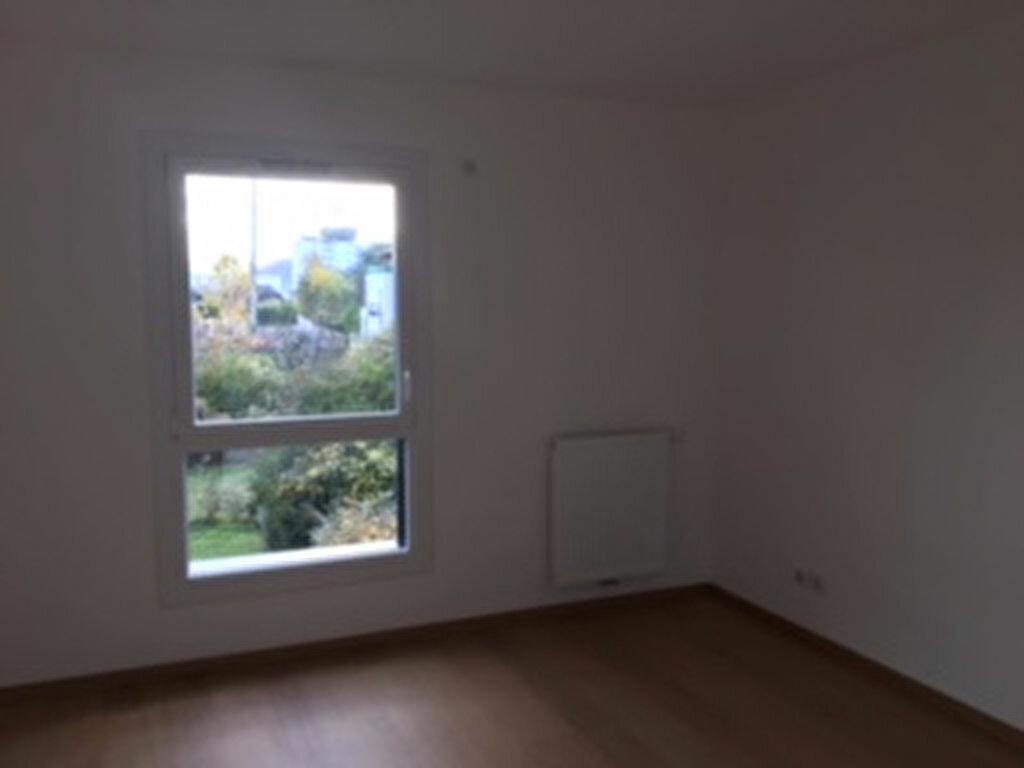 Appartement à louer 3 65m2 à Annemasse vignette-6
