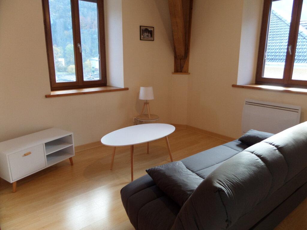 Appartement à louer 2 45m2 à Cluses vignette-3