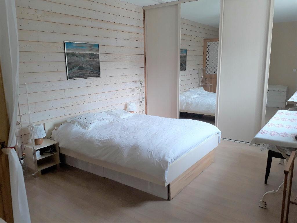 Appartement à vendre 4 100m2 à Samoëns vignette-7