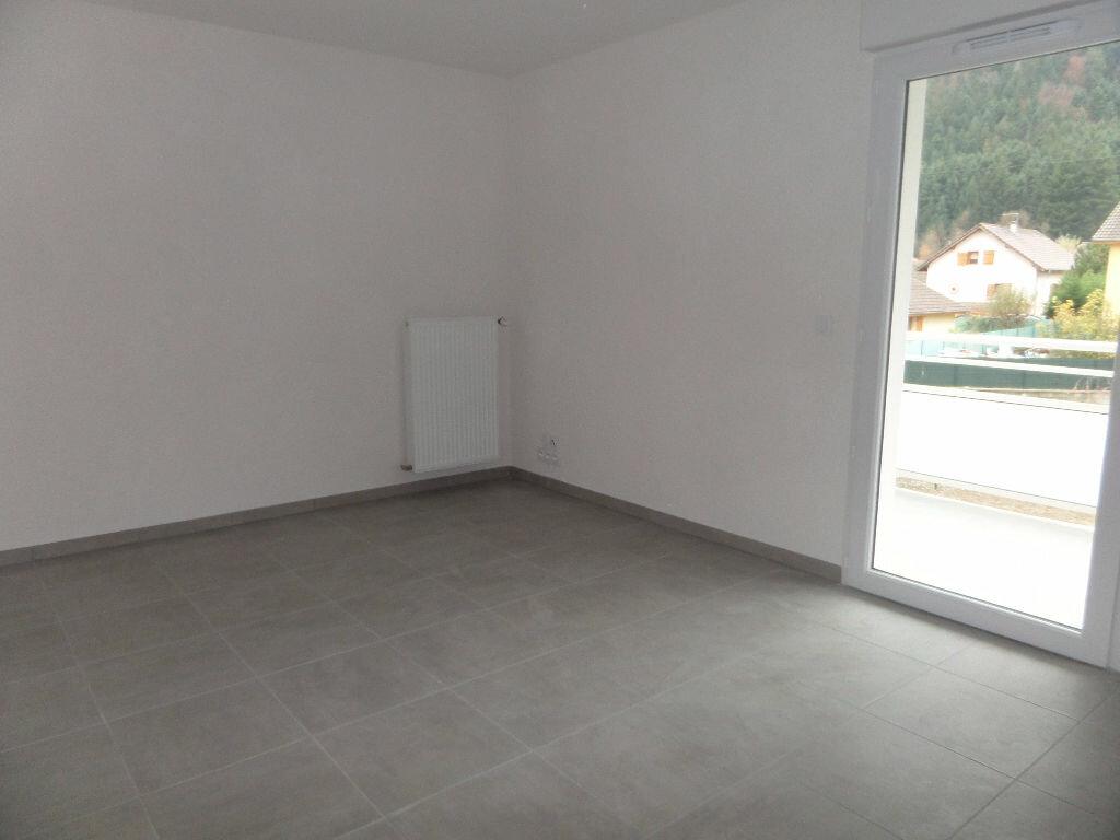 Appartement à louer 2 43.58m2 à Scionzier vignette-5